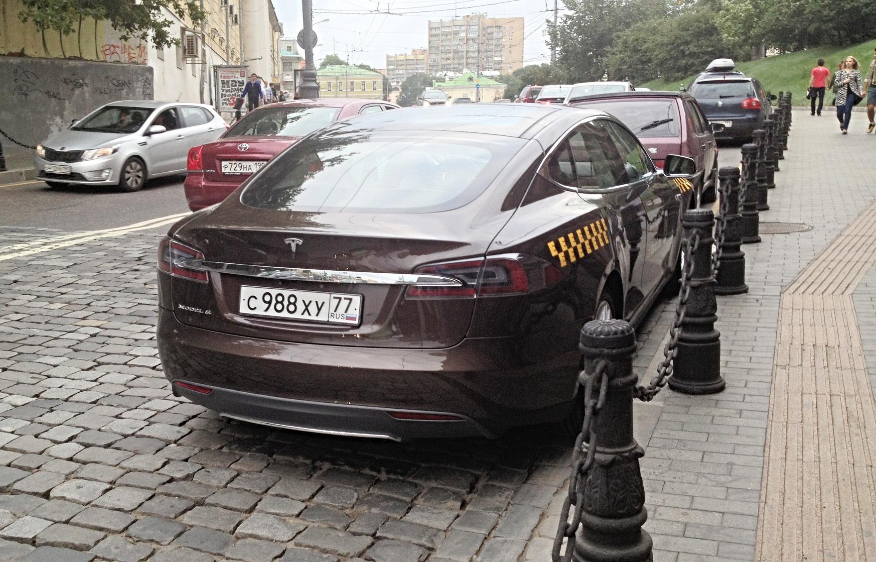какой налог вроссии наавтомобиль тесла