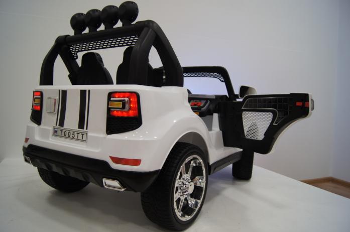 Вид сзади модели детского электромобиля BMW T005TT