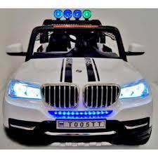 Вид передней панели электромобиля BMW T005TT