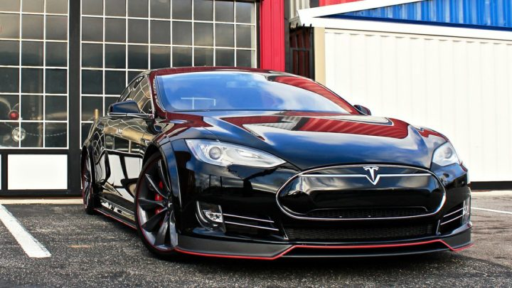 характеристики Tesla Model S P100D