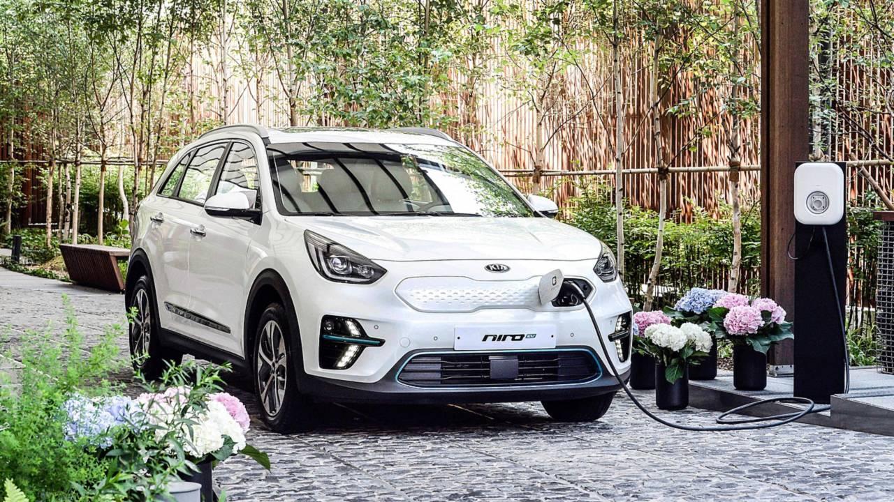 Лучшие электромобили в 2019 году