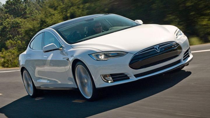 Model S с полным приводом