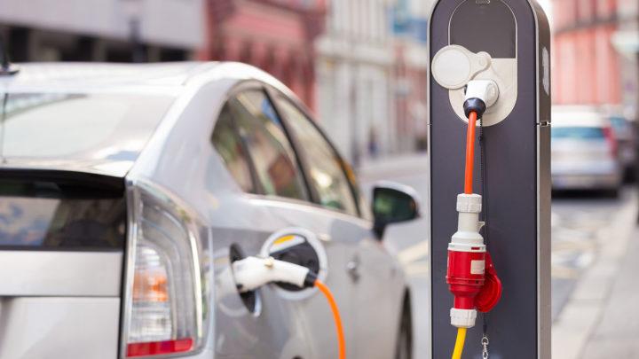 Стоимость зарядки электромобиля