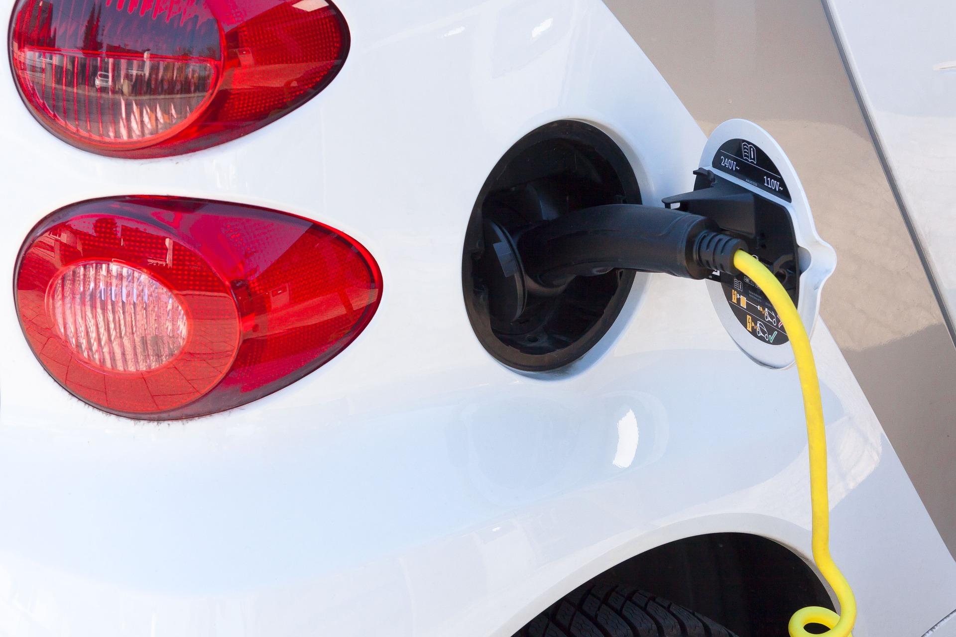Зарядные устройства для электромобилей купить