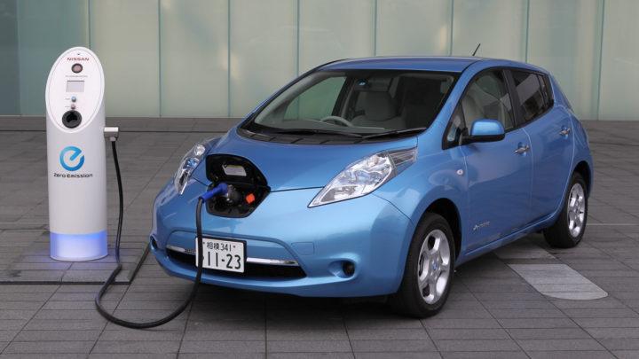 Электромобиль б у купить